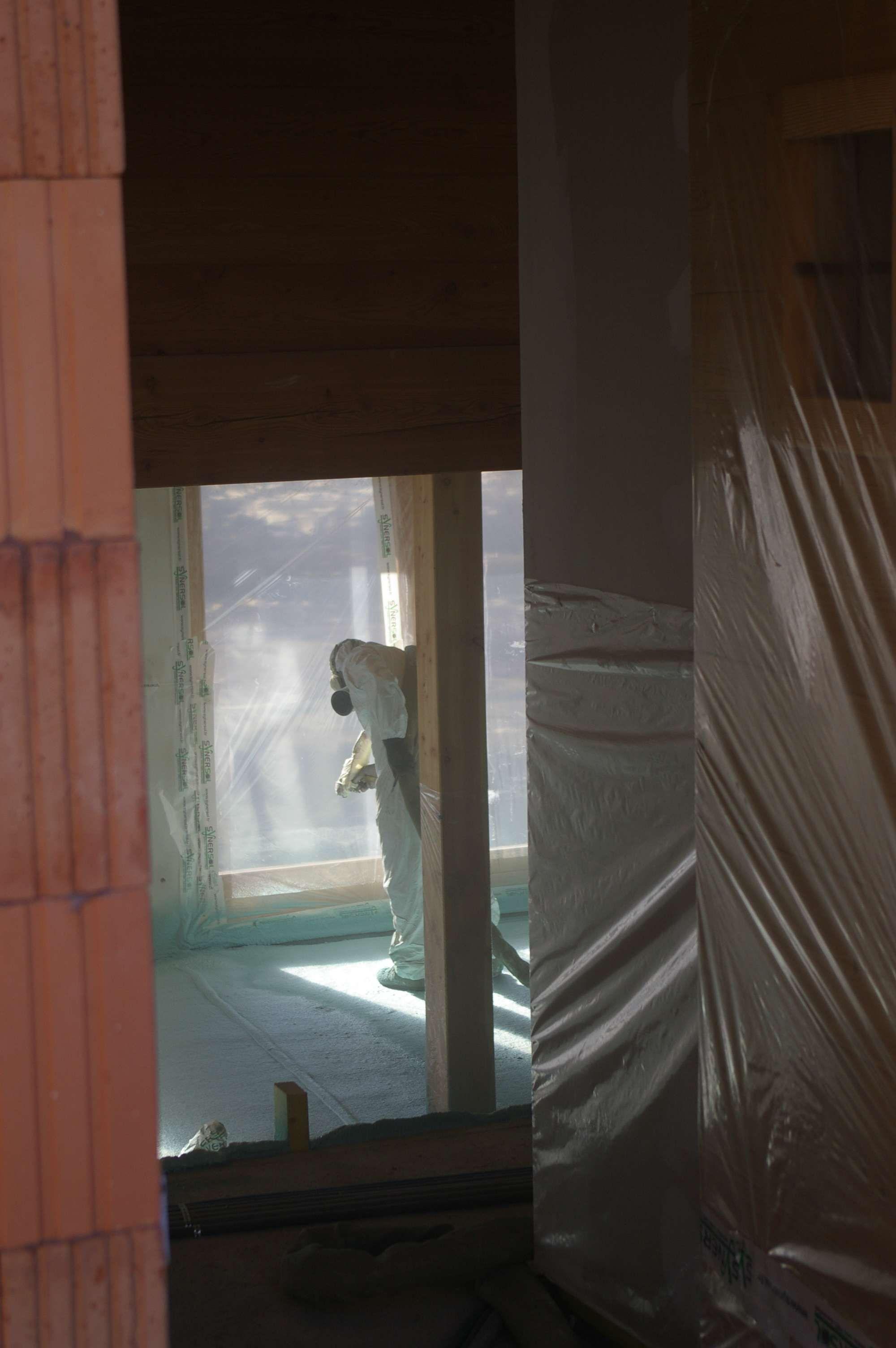 Isolation par mousse polyur thane projet e for Isolation exterieur mousse polyurethane